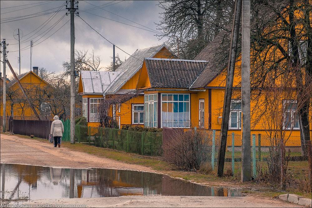 Лукашенко требует поднять село на«новый уровень»