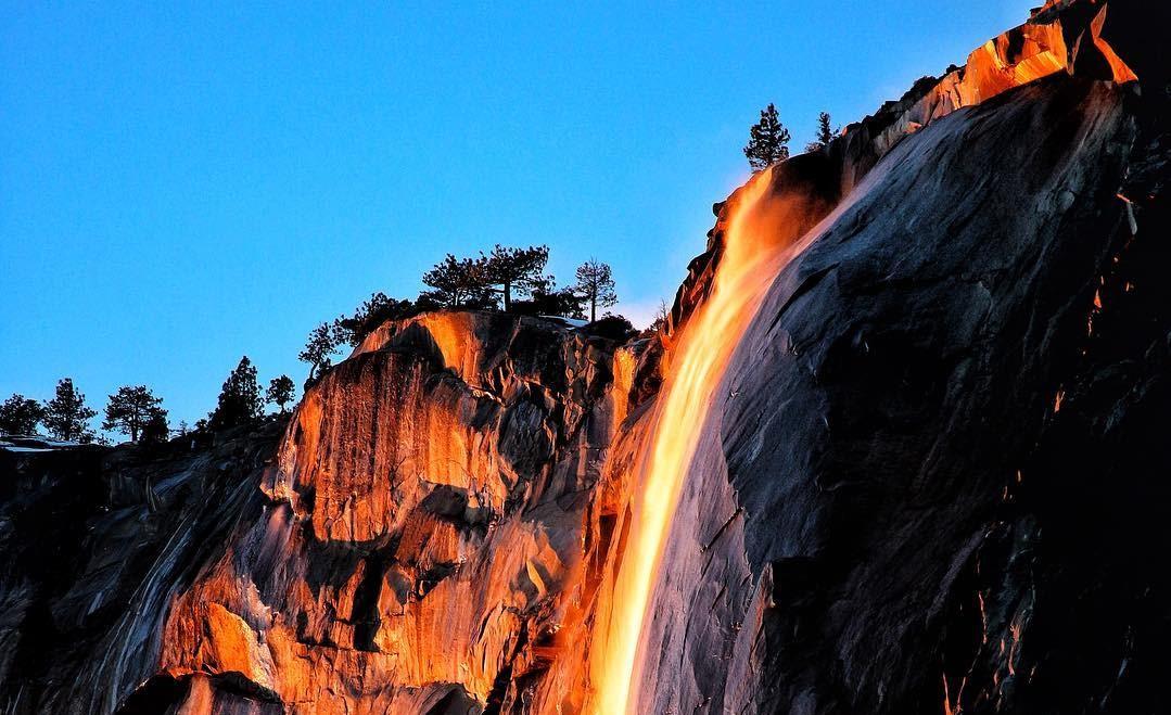 Водопад Horsetail Fall зажегся — Калифорнийское чудо