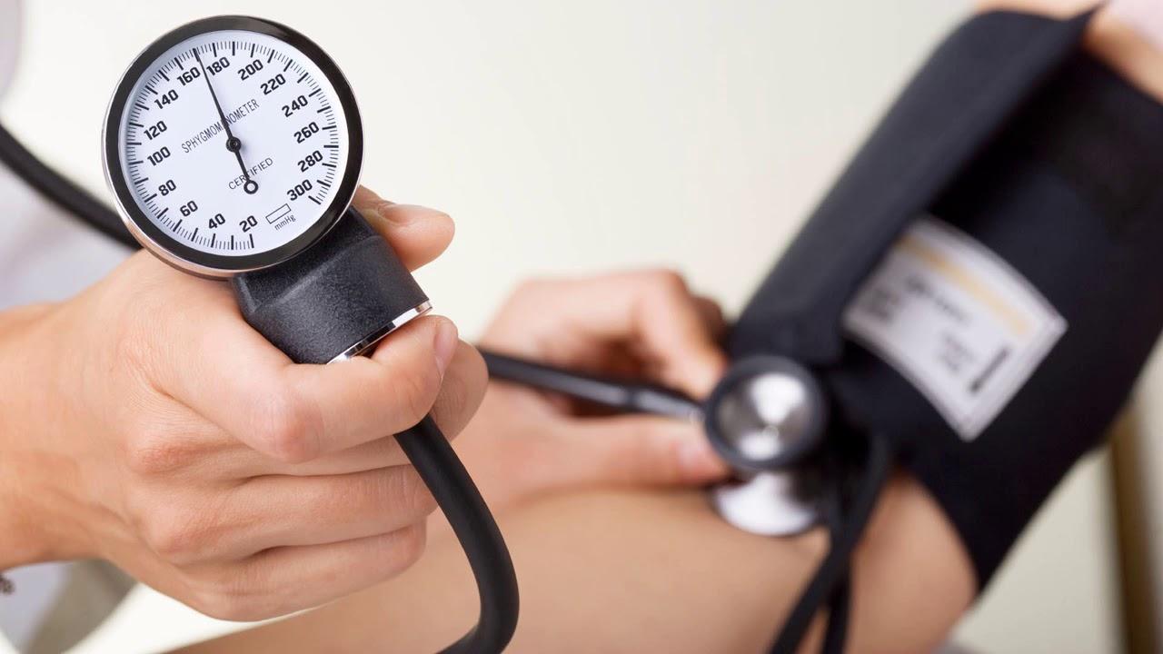 Гипертензия: Причины, лечение и специалисты