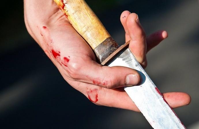 Жительница Лепеля изревности зарезала свою 26-летнюю приятельницу детства