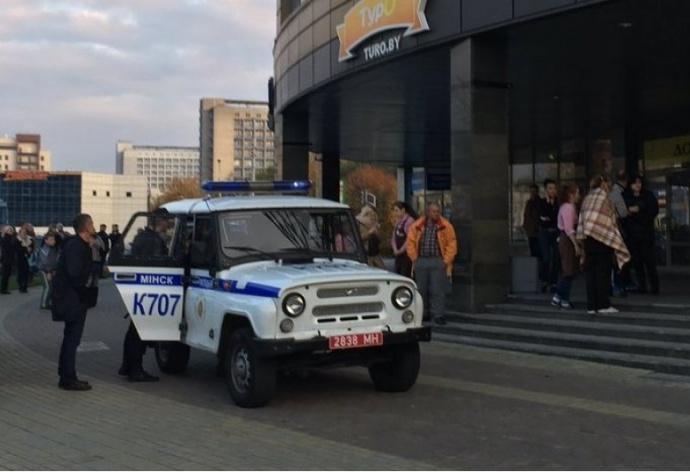 В Минске неизвестный с бензопилой убил девушку