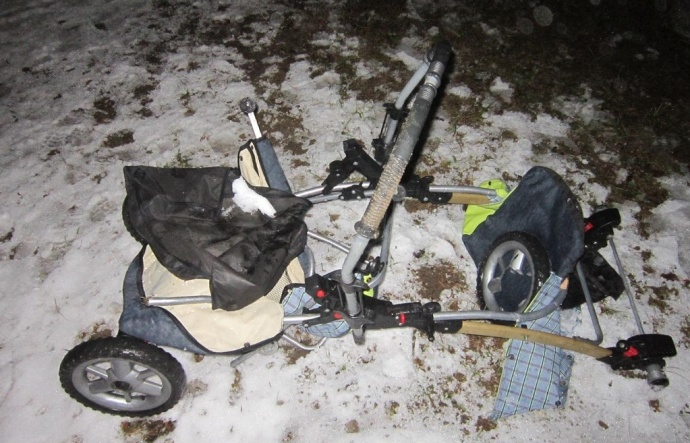 ВВилейском районе шофёр БМВ протаранил детскую коляску: младенец умер