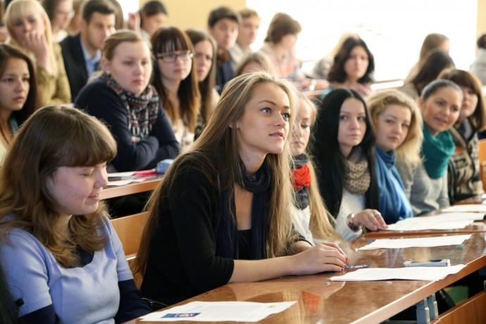 Выпускникам, которые отказываются отраспределения, непридется возвращать стипендии загоды обучения