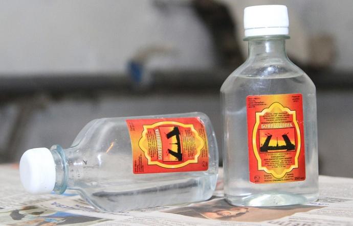 В Беларуси задержали 28 тыс. литров похожей на«Боярышник» жидкости