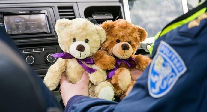 Эстонских полицейских «вооружат» мишками-обнимашками