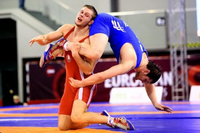 Белоруска завоевала золото начемпионате Европы поборьбе