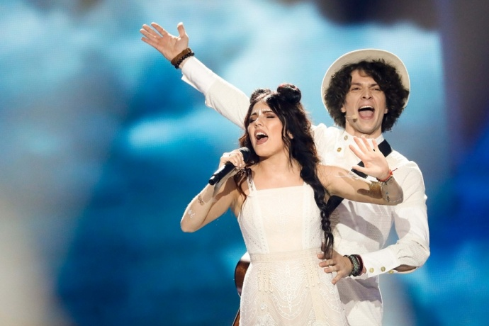 2-ой полуфинал «Евровидения» вКиеве: болеем заNaviBand. Онлайн TUT!