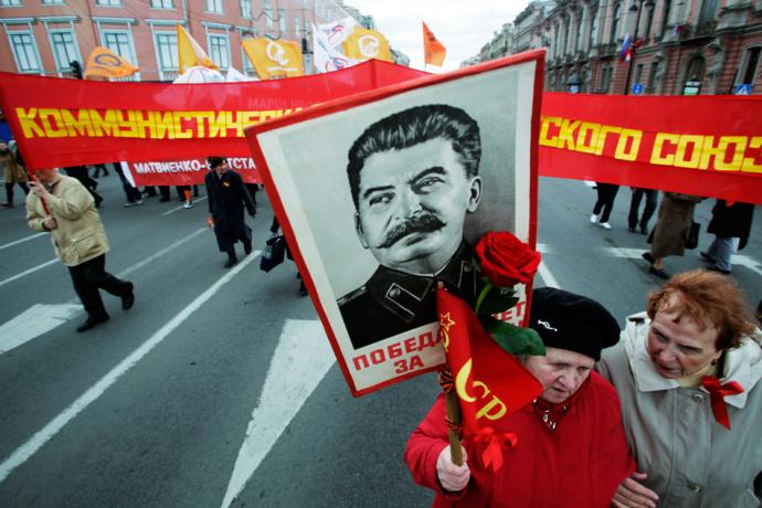 Путин вошел втройку самых выдающихся личностей вистории