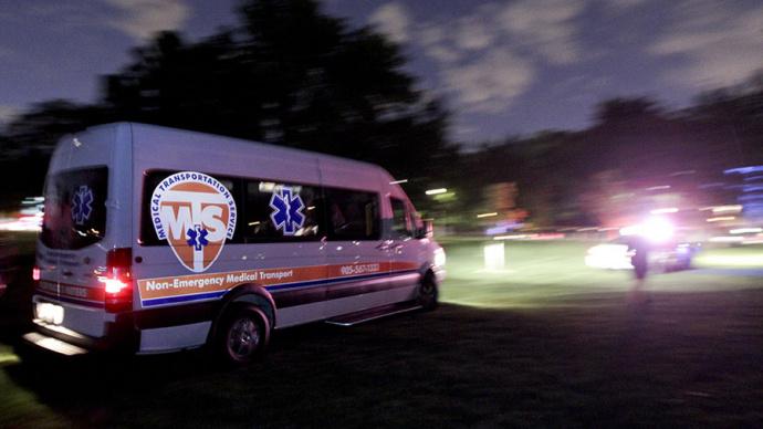 Трое молодых людей получили ранения в итоге поножовщины ушколы вТоронто