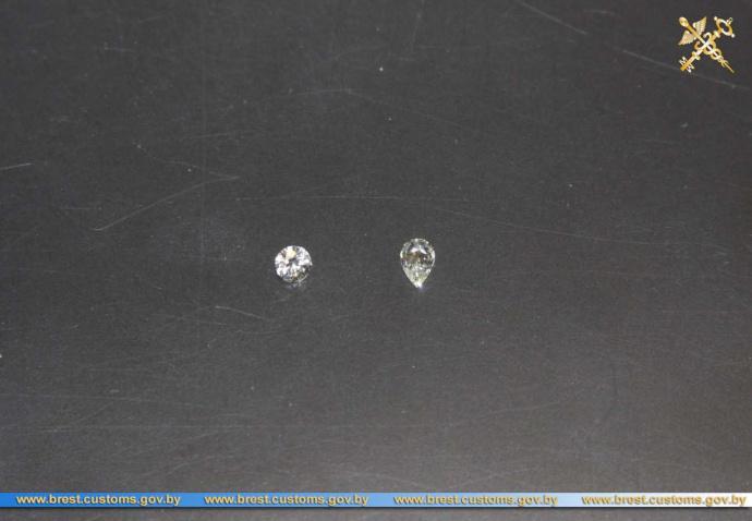 Брестские пограничники изъяли 12 незадекларированных бриллиантов— ГТК