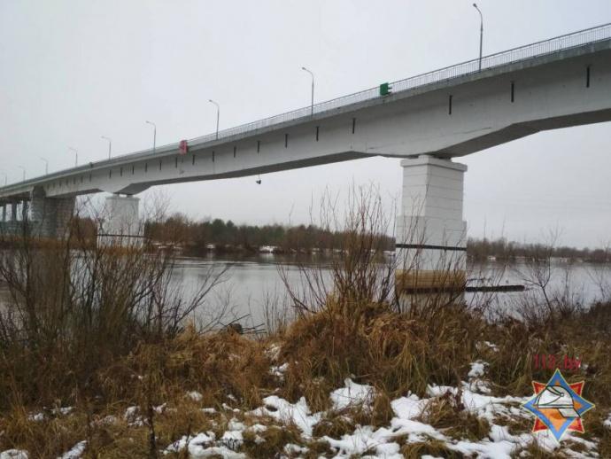 Движение помосту через Припять вЖитковичском районе перекрыто