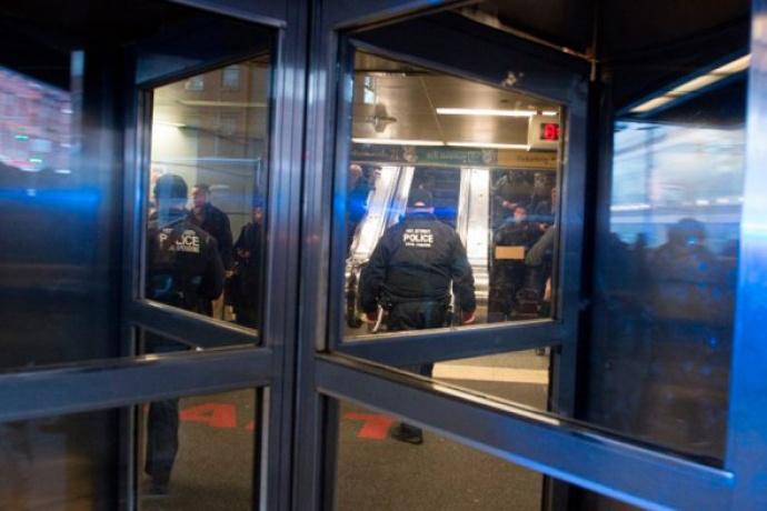 ВНью-Йорке наместе взрыва отыскали две бомбы