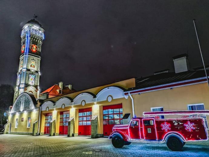 Пожарная каланча в Гродно превратится в одну из самых больших новогодних елок города.