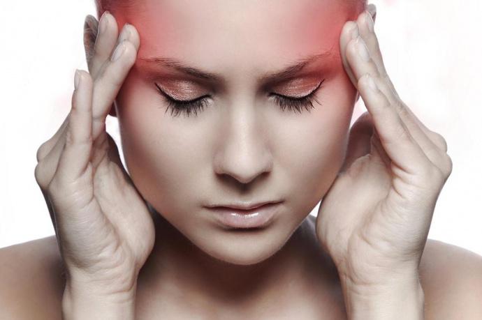 Сильно потеет голова – причины, что за болезнь, как лечить
